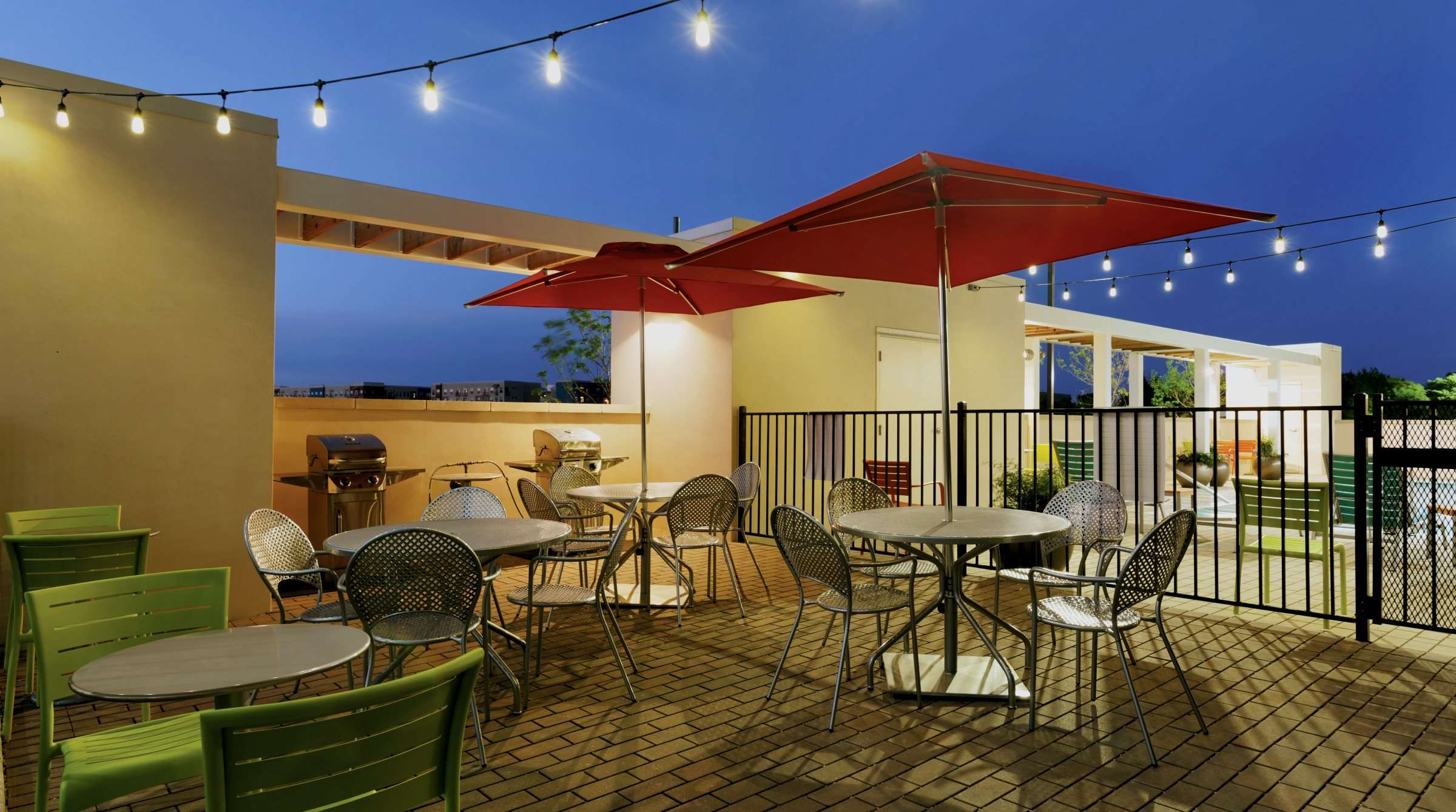 Home2 Suites by Hilton Austin Round Rock – Patio with BBQ Gril 60