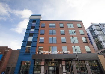 Hampton Inn and Suites St. Paul Downtown